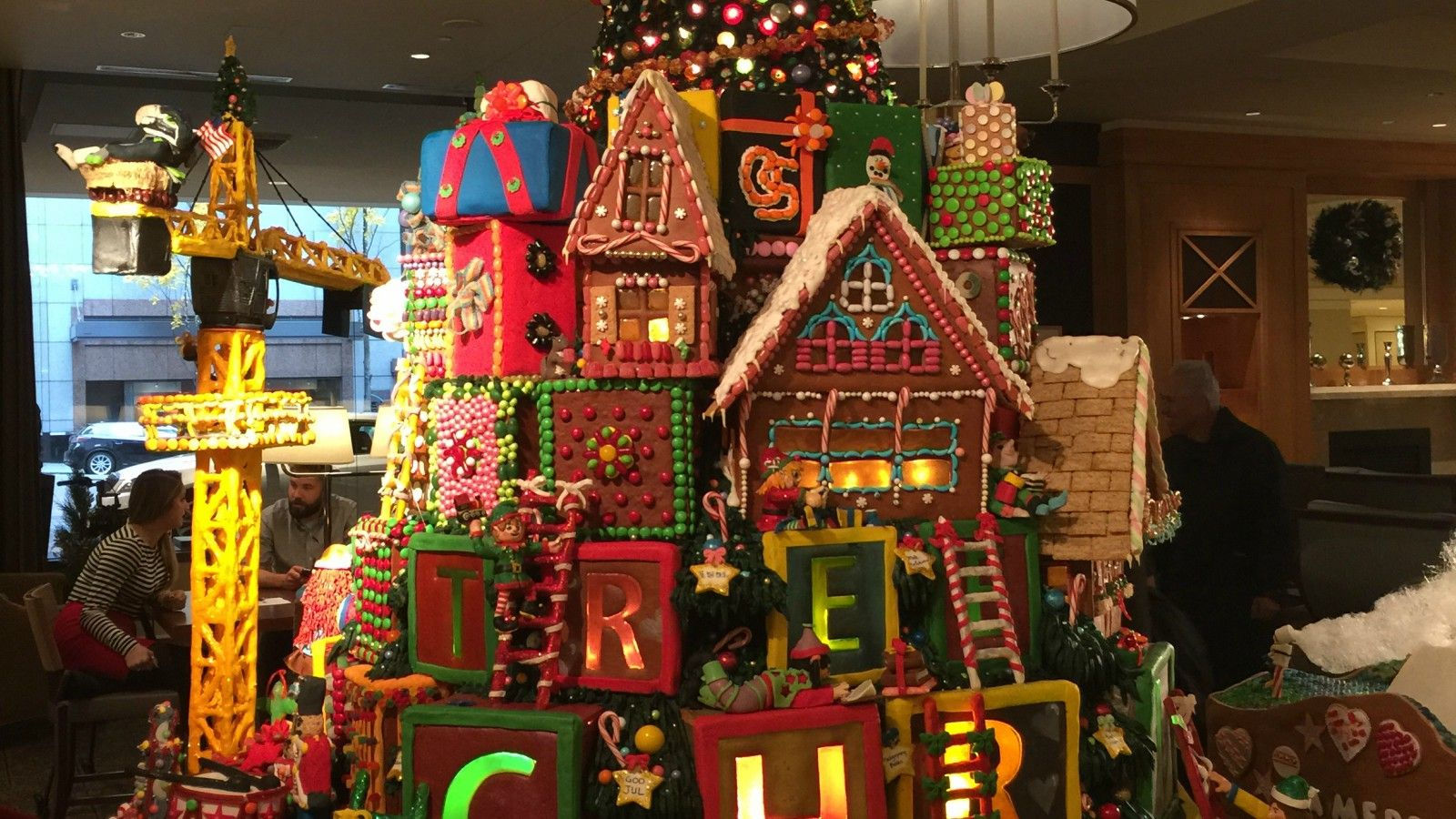 Seattle Holiday Events - Gingerbread Village